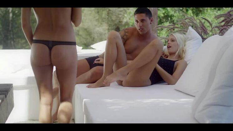 Películas porno spanish holidays Holiday In Spain X Art Porngo Com